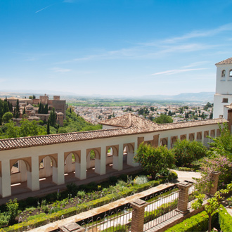 Uitzicht van Alhambra kasteel en Generalife in Granada