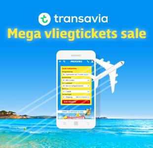 Vliegticket sale Transavia met vliegtuig en telefoon