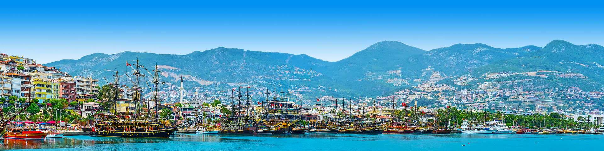De oude haven van Marmaris in Turkije