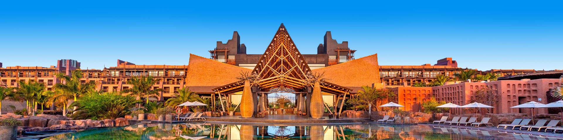 Hotel van Lopesan met zwembad